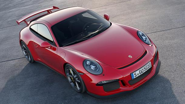 Porsche 911 GT3 hauls 469 hp behind the steerable rear wheels