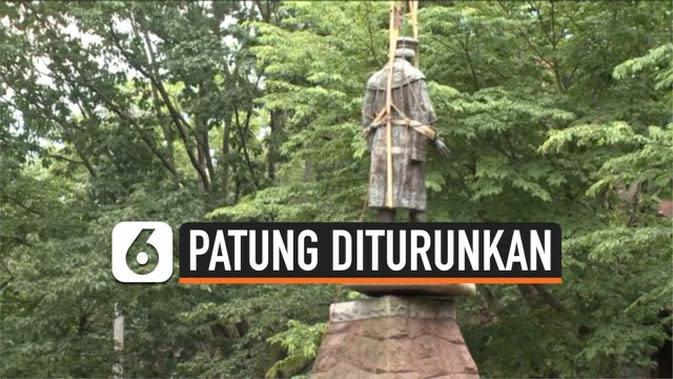 VIDEO: Patung Christopher Columbus Diturunkan dari Kota Haven