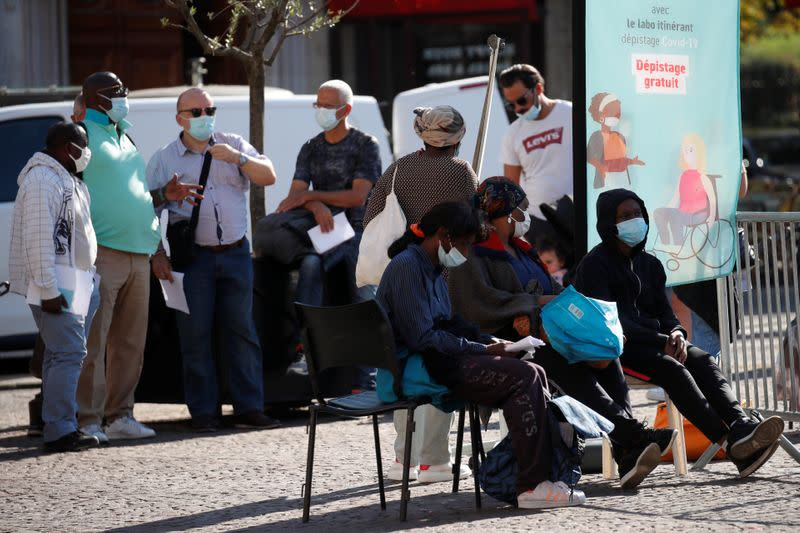 France's new COVID-19 cases rise by more than 7,000