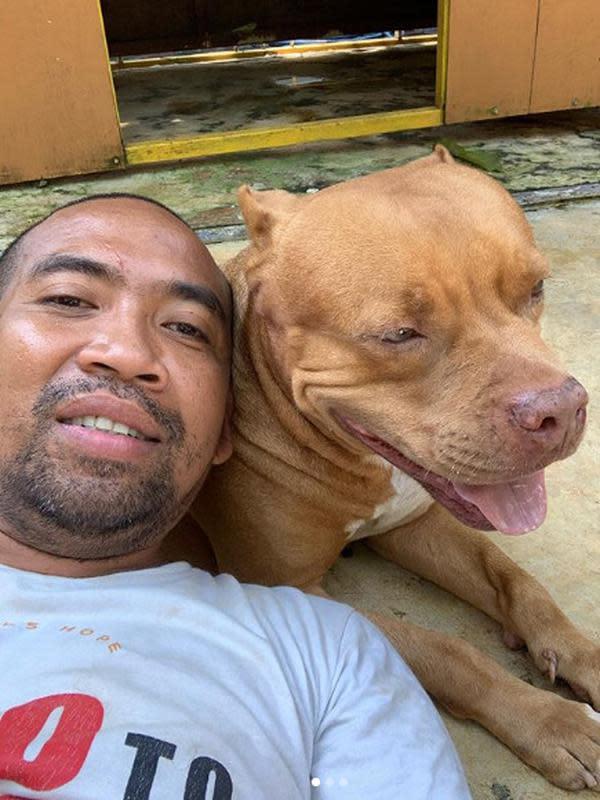 Pemilik akun Instagram christian_joshuapale selaku pendiri Animal Hope Shelter, dan Yayasan Sarana Metta Indonesia penampungan bagi hewan terlantar. (Instagram/Christian_joshuapale).
