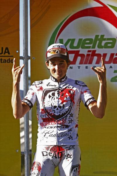 Oscar Sevilla salutes the Rock Racing way.