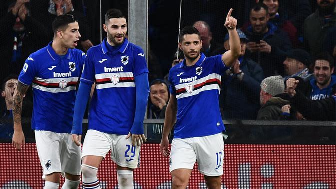 Penyerang Sampdoria, Gianluca Caprari (kanan). (AFP/Marco Bertorello)