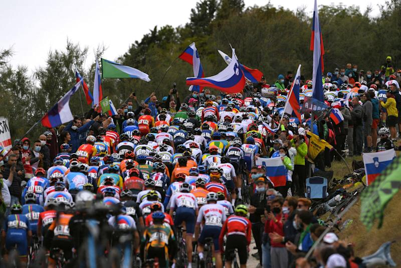 The peloton during the Imola World Championships