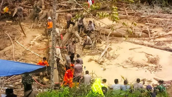 Tanah Longsor yang Dipicu Hujan Leba2 Landa Dua Desa di Nepal, 12 Orang Tewas