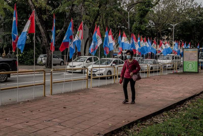 Party flags are seen in the run-up to the Sabah state election in Kota Kinabalu, Sabah September 20, 2020. — Picture by Firdaus Latif