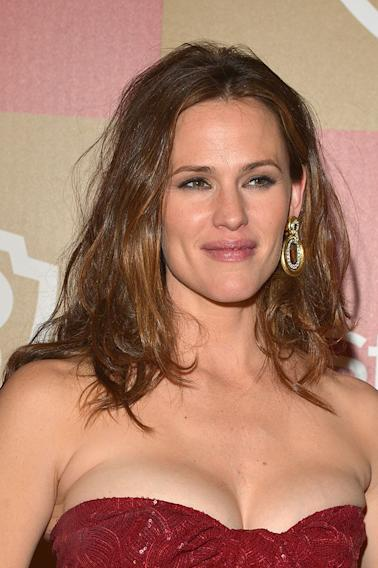 InStyle And Warner Bros. Golden Globe Party - Arrivals: Jennifer Garner