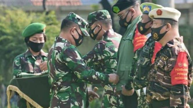 Korban Meninggal COVID-19 Jakarta Lampaui Jepang, TNI Siagakan Patroli