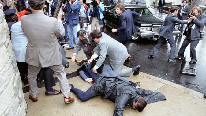 Penembakan Presiden Ronald Reagan (Wikipedia)