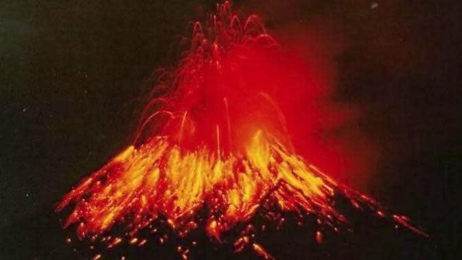 Ilustrasi letusan gunung berapi. (Sumber Wikipedia)