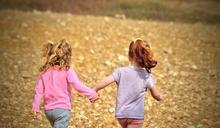 孩子應該活出自己的人生,而非照顧父母的期待