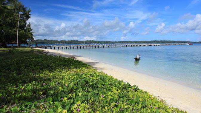 Sejumlah spot wisata pantai menarik di Wakatobi, banyak diantaranya terdapat di Pulau Wangi-wangi dan Kaledupa. Foto: (Akbar Fua/Liputan6.com)