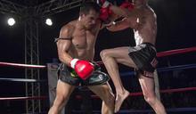 忍痛也要上!9歲拳王為家計搏命演出 因疫情現在沒比賽打