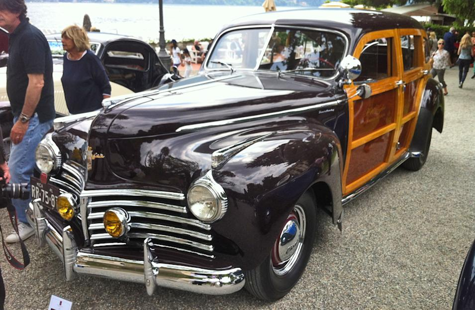 1941 Chrysler Town & Country (Woody)