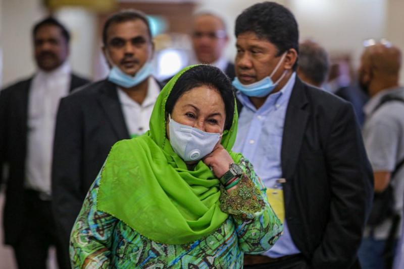 Datin Seri Rosmah Mansor arrives at the Kuala Lumpur High Court July 15, 2020. — Picture by Hari Anggara