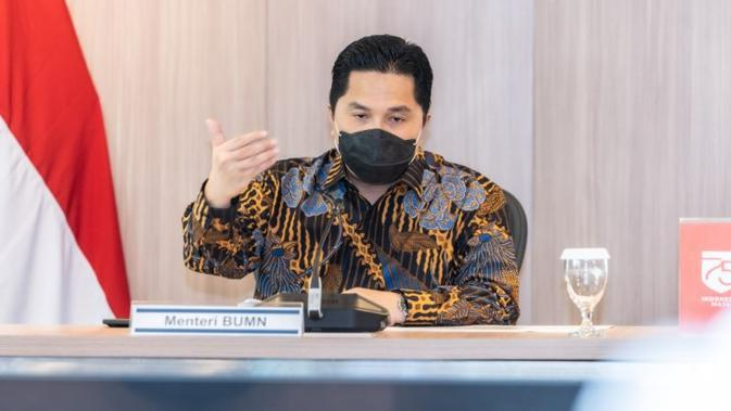 Ketua Pelaksana Komite Penanggulangan COVID-19 dan Pemulihan Ekonomi Nasional Erick Thohir membahas perlindungan tenaga kesehatan dari paparan COVID-19 dalam pertemuan dengan IDI di Kantor Kementerian BUMN, Jakarta, Rabu (3/9/2020). (Dok Tim Komunikasi Komite Penanganan COVID-19)