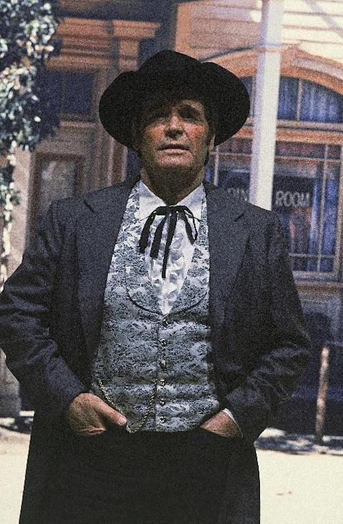 """FILE - Actor James Garner is shown in character as """"Bret Maverick"""" on the set of his television show, in this April 13, 1982 file photo taken in Los Angeles, Calif. Actor James Garner, wisecracking star of TV's """"Maverick"""" who went on to a long career on both small and big screen, died Saturday July 19, 2014 according to Los angeles police. He was 86. (AP Photo/Wally Fong, File)"""