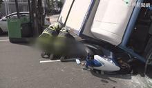 開贓車拒檢撞3機車 壓死1女乘客