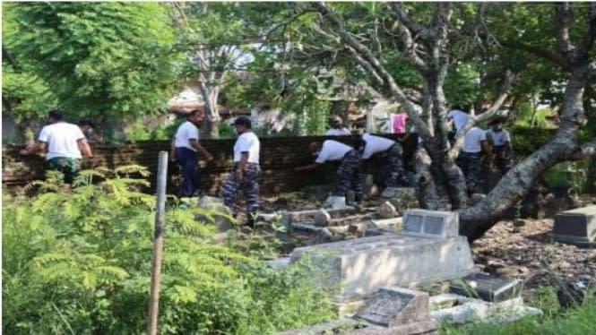 Aksi Memukau Prajurit TNI AL di 3 Makam Keramat Ulama Tegal