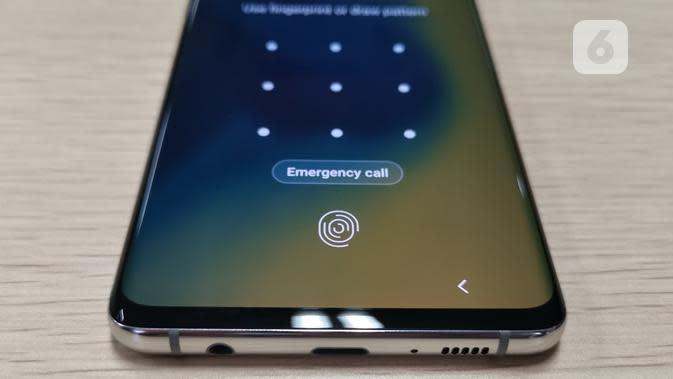 Tampilan sensor sidik jari di layar Samsung Galaxy S10 Plus. Liputan6.com/Andina Librianty