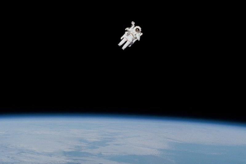 Ingin ke luar angkasa? Astronaut Indonesia beberkan syaratnya
