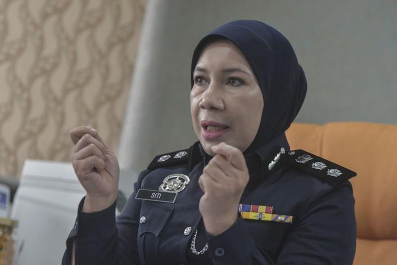 Siti Kamsiah Hassan told Malay Mail that there are more negative than positive outcomes when one decides to share child abuse cases or sexual exploitation cases on social media..― Picture by Shafwan Zaidon