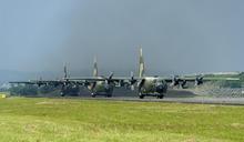 視導空軍六聯隊 蔡總統期許國軍維護國土主權、寸步不讓