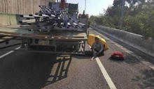 女國道墜車遭貨車後輪輾壓骨折恐截肢 男友父吐真相:他們在吃菱角