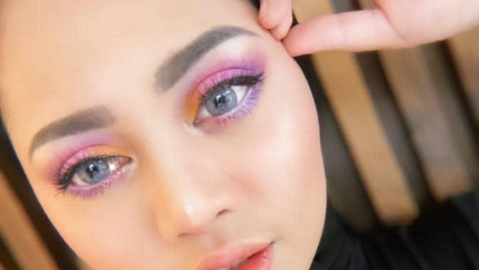 ilustrasi gaya makeup lebaran ala Rachel Vennya/instagram: @rachelvennya