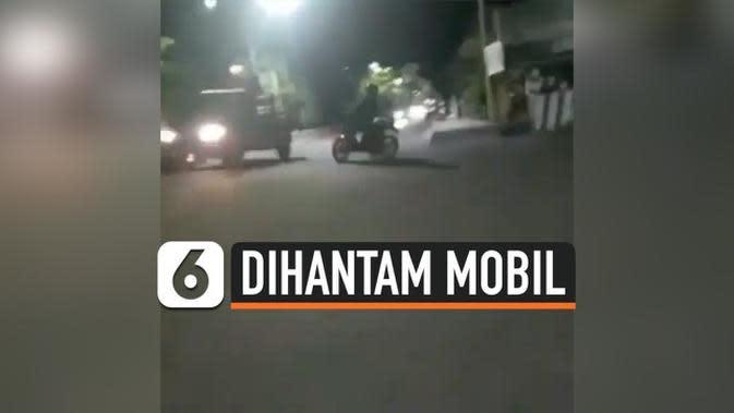 VIDEO: Rekaman Mengerikan Pelaku Balap Liar Dihantam Mobil