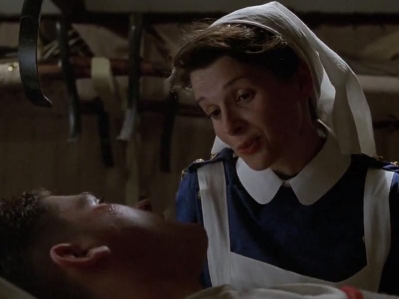如何跟護士索吻?