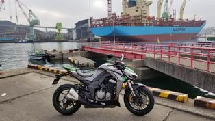 【騎車日記】穿著新車靴與Z1000來趟海港散策