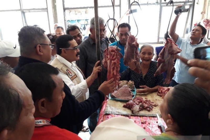 Stok cukup, harga daging di Jatim stabil