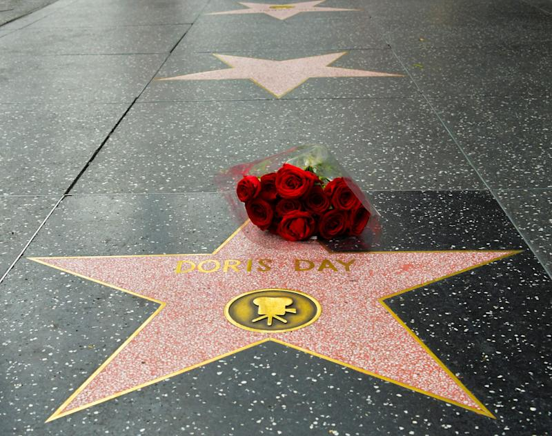 HOLLYWOOD, CALIFORNIA - MAY 13: Flowers are placed on Doris Day's Star on the Hollywood Walk of Fame following the news of her death on May 13, 2019 in Hollywood, California. (Photo by Rodin Eckenroth/Getty Images)