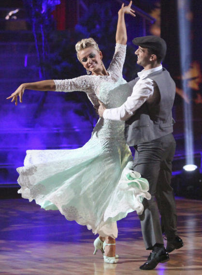 Katherine Jenkins and Mark Ballas (5/7/12)