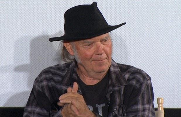 Neil Young Dumps Facebook and Google Logins From Archive Site for 'Screwing With Our Election'