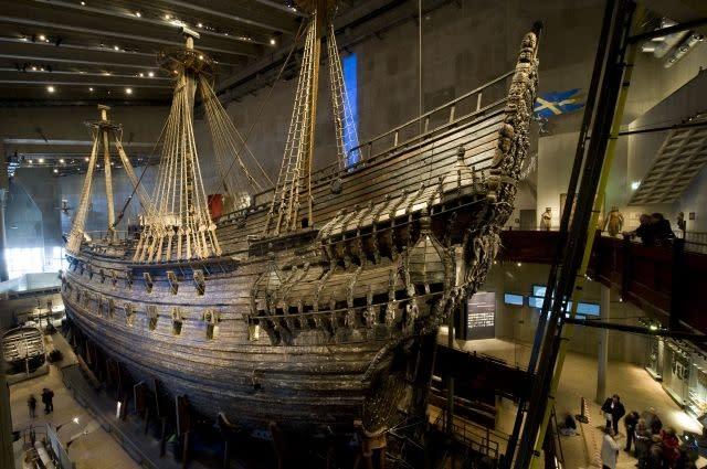 Centuries old warships linked to 'Vasa' found in Sweden