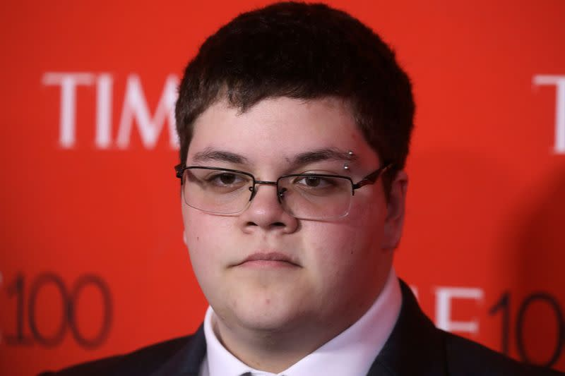 U.S. appeals court sides with transgender student over bathroom access