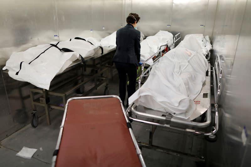 U.S. CDC reports 174,645 deaths from coronavirus