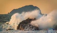 【攝影筆記】東北角海岸觀浪 體驗磅礴海浪震撼