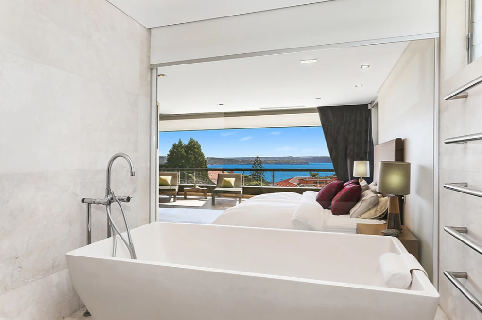 <p>There's not one, not two, but 5.5 bathrooms in this house. <br />Photo: Ray White Double Bay </p>