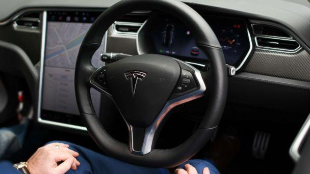 PHOTO: The wheel of a Tesla Model S P100D, May 8, 2018. (Artur Widak/NurPhoto via Getty Images)