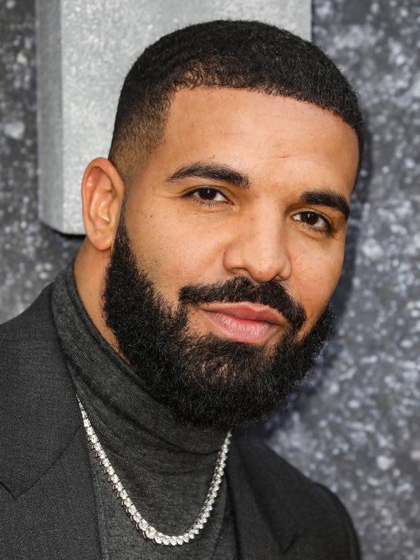 Drake, laki-laki yang disebut tengah dekat dengan Kylie Jenner (FOTO: Splashnews)