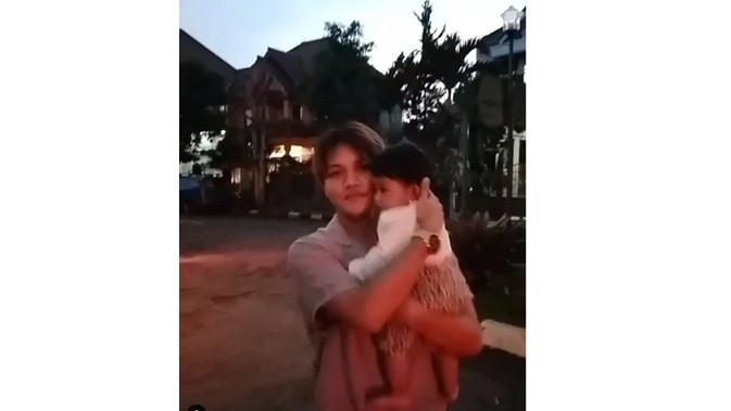 Bayi mendingan Lina (Sumber: Instagram/rizkyfbian)