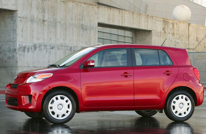10 Cheapest Cars for 2012