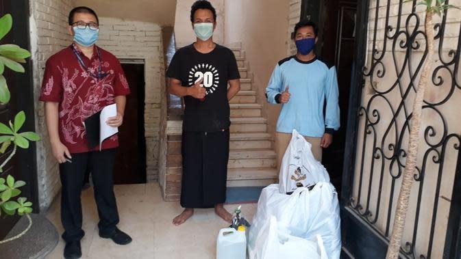 KBRI Kairo bagikan masker buatan mahasiswa. Dok: Kementerian Luar Negeri