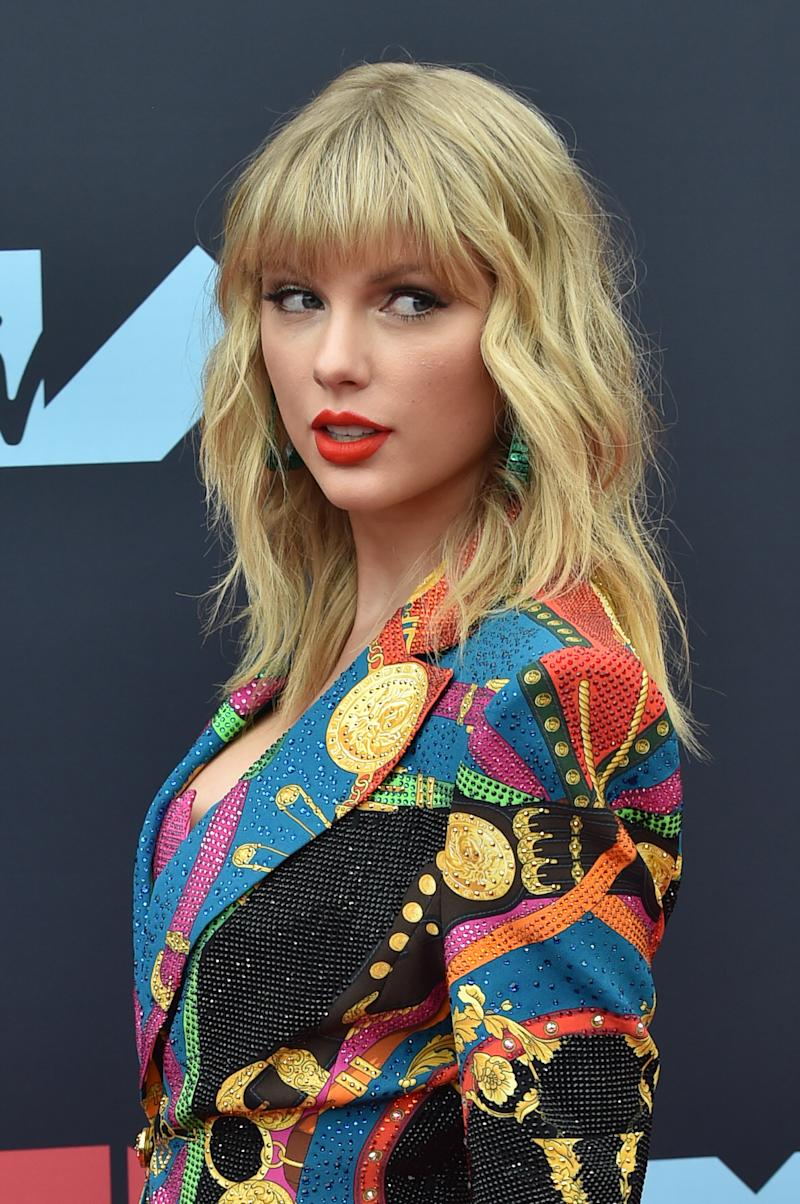 Singer Taylor Swift attends the 2019 MTV Video Music Awards red carpet at Prudential Center on August 26, 2019 in Newark, New Jersey. (Photo by Aaron J. Thornton/Getty Images)