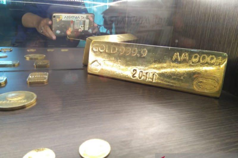 Harga emas Antam stagnan Rp924.000 per gram