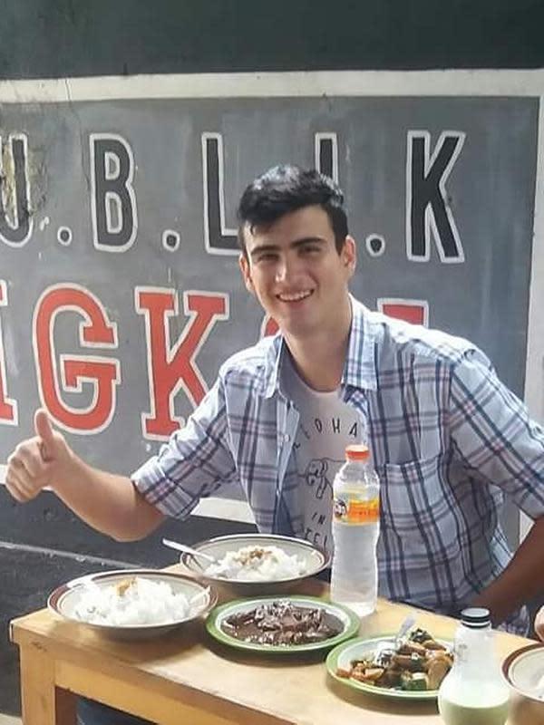 Warung Republik Jengkol menyuguhkan semur jengkol dan olahan dari jengkol lainnya (Dok.Instagram/@r.e.p.u.b.l.i.k_jengkol/https://www.instagram.com/p/B1LkNmDgLbZ/Komarudin)
