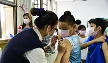 公費流感疫苗開打 大林慈濟到校為師生接種