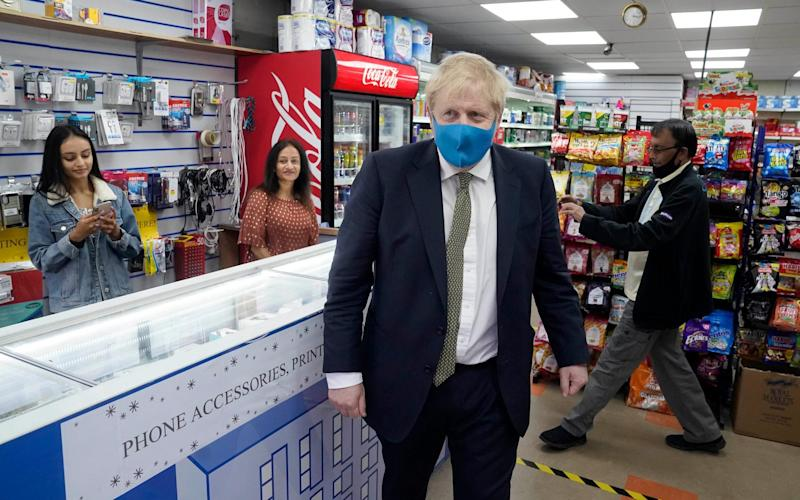 The PM shows the country how it's done, wearing his face mask during a constituency visit - @BorisJohnson / Twitter